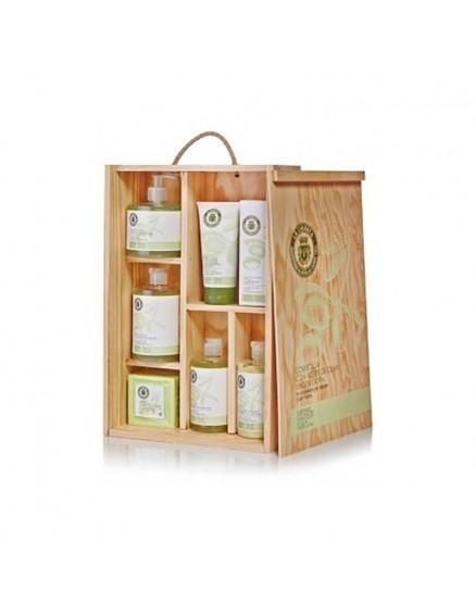 Cosmétiques naturels à l'huile d'olive extra vierge dans un coffret en bois